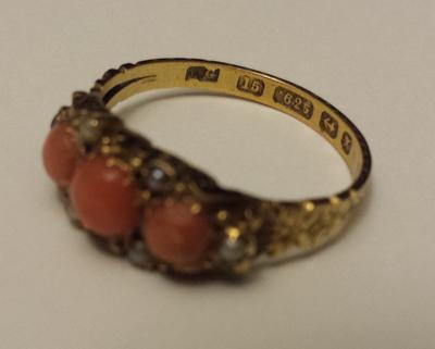Gold ring 625