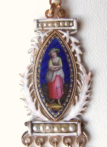 French-Antique-Pendant-2