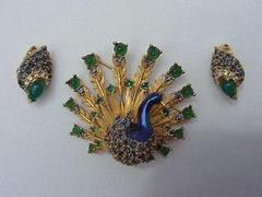 Boucheron_Designer Costume Jewelry_antique_jewelry_investor