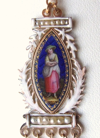 French-Antique-Pendant-2