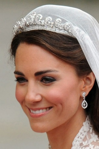 Kate-Middleton-diamond-jewelry