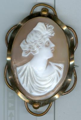 Can you tell me anything about this cameo and it 39 s value for Antique jewelry worth money