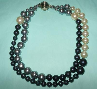 Double Strand Of Majorica Pearls But Unmarked