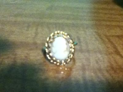 How much is my antique cameo ring worth for Antique jewelry worth money