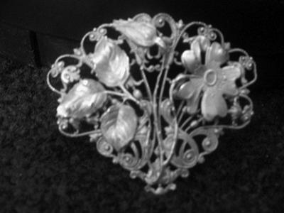 It's all-time, all-around, greatest and loveliest brooch I've ever seen. AND IT'S MINE!