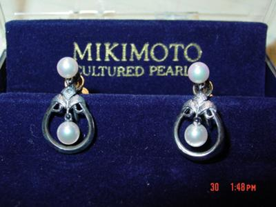 mikimoto stud in earrings cultured diamond gold and pearl white with