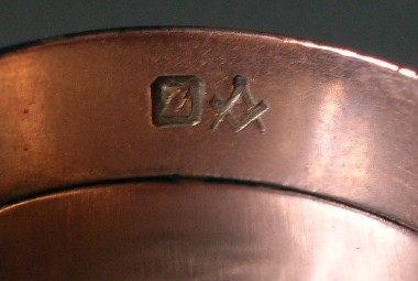 Antique masonic jewelry greetings thanks for making this forum available i have a plain gold band ring of undetermined origin it has a masonic hallmark and what appears to be a m4hsunfo