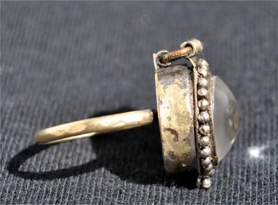 Antique Poison Rings History