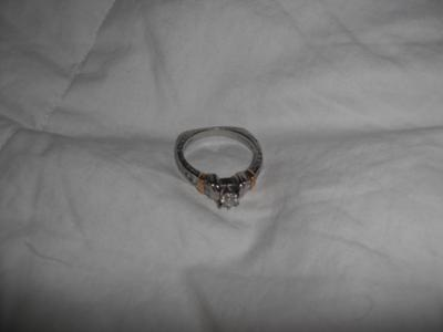 Pt markings on white metal is this ring an antique for Diamond and jewelry exchange orlando